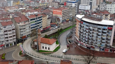 Bursa'da in cin top oynuyor
